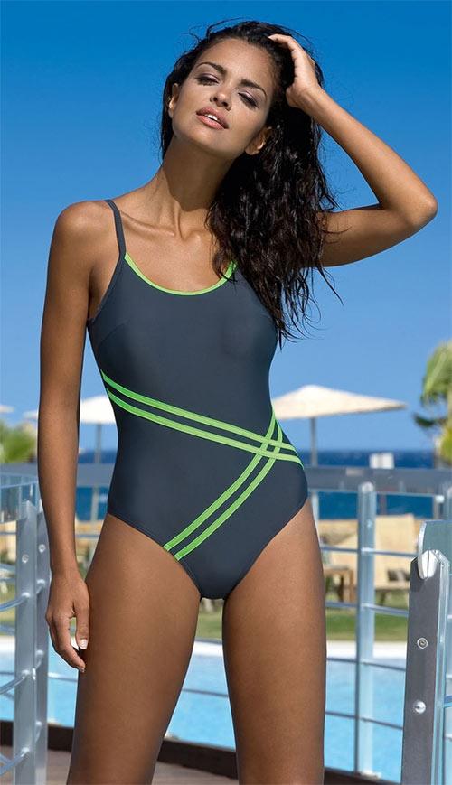 Stylové jednodílné plavky Stripes 2015 elegantního modního vzhledu