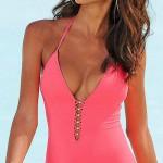 Sexy jednodílné dámské plavky s hlubokým výstřihem