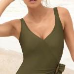Zeštíhlující jednodílné dámské plavky se stahovacím efektem