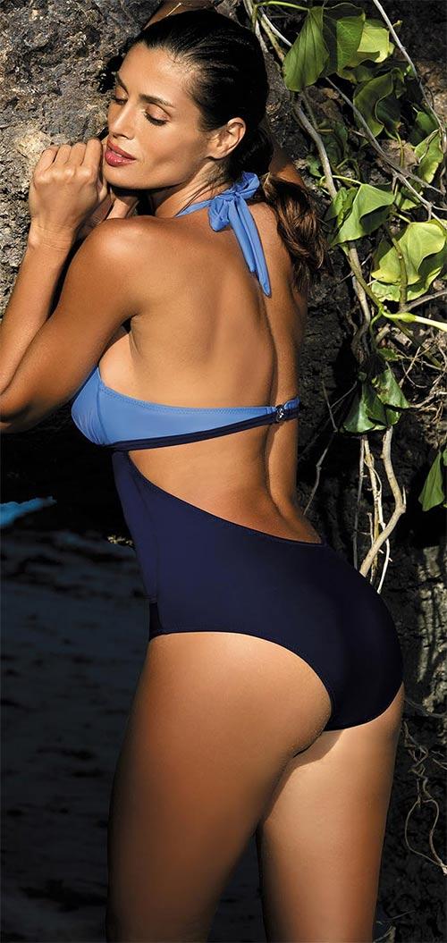 Modré jednodílné plavky pro silnější postavy