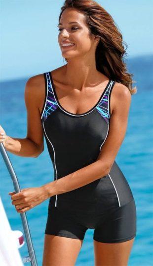 Zeštíhlující plavky s nohavičkami