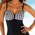 Jednodílné plavky s velkými karovanými košíčky