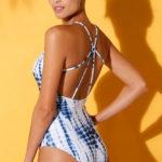 Batikované plavky se šněrováním na zádech