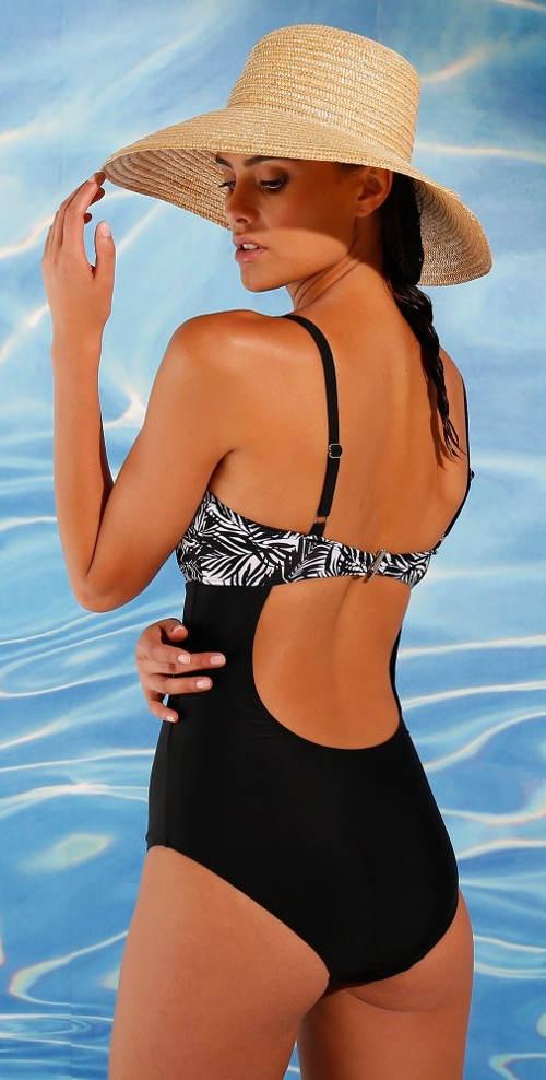 Elegantní jednodílné plavky zeštíhlující boky a břicho