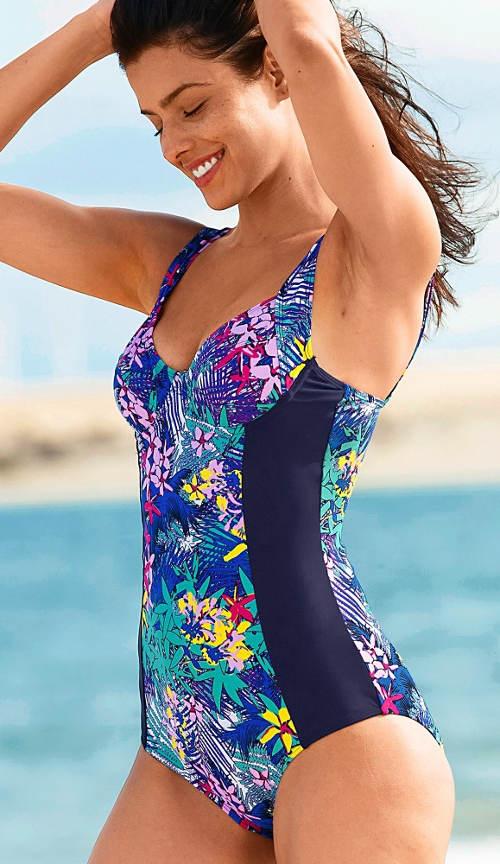 Květované jednodílné plavky pro starší dámy
