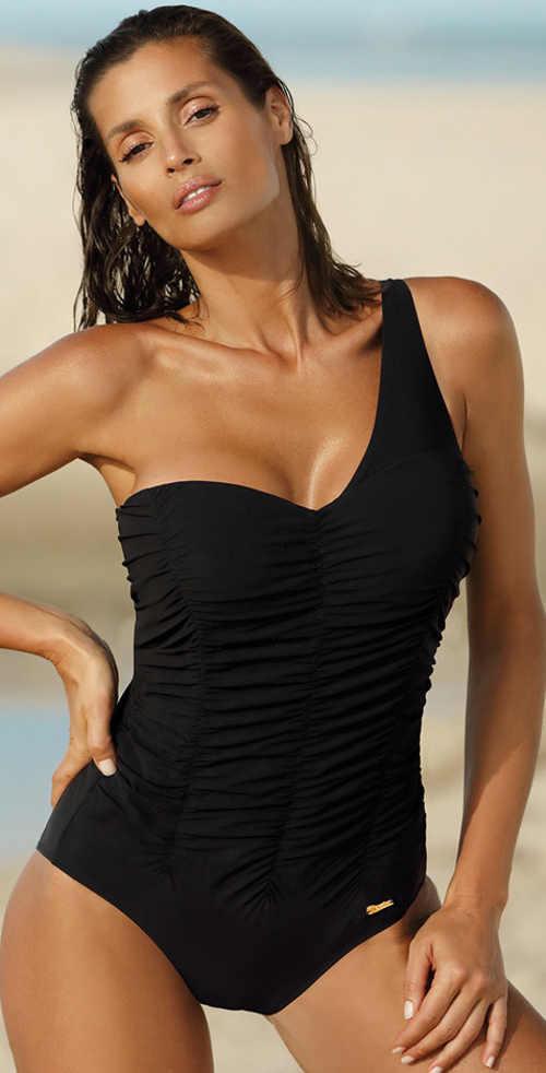 Jednoramínkové dámské plavky nadměrných velikosti