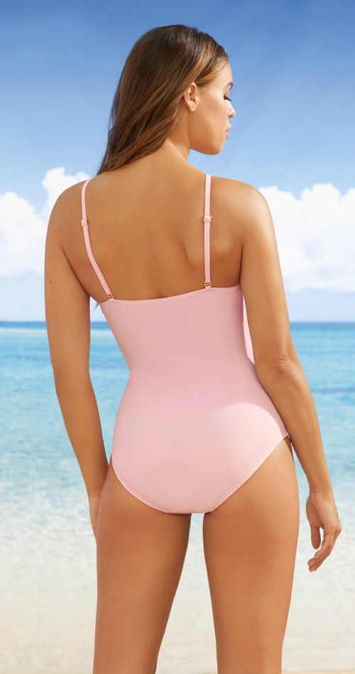Moderní růžové plavky se stahujícím efektem