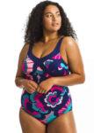 Zeštíhlující dámské plavky v moderní barevném provedení