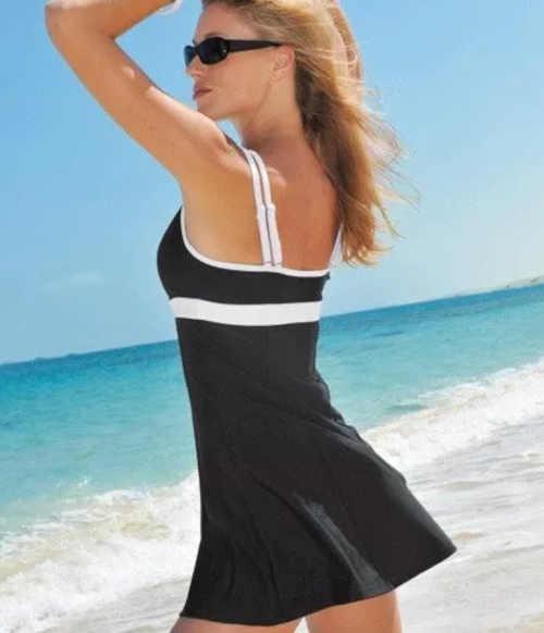 černo-bílé plavky se sukénkou