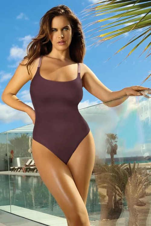 plavky s překříženými ramínky na zádech